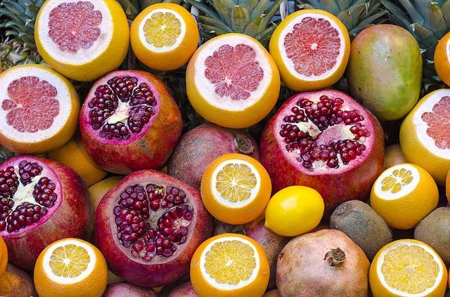 柑橘類とザクロ